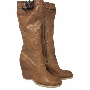 Apeppaza Brown distressed wedge Heel Boots 9